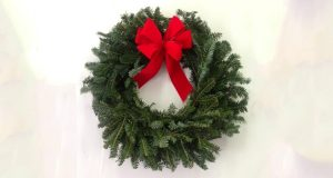 Christmas Wreath Fundraiser - How To Use the Holidays to Raise Money